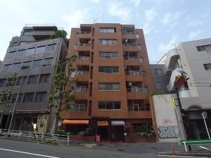 【外観】3路線3駅徒歩圏内♪代々木駅から徒歩7分です!!