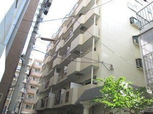 【外観】外壁タイル貼りの重厚なマンション!歴史を紡ぐ伝統の街「両国」から徒歩6分の好立地です♪