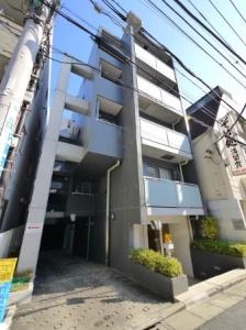 【外観】外壁タイル貼りの重厚なマンション♪