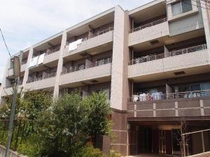 【外観】2007年7月築のマンションです☆