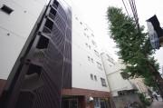 【外観】中野通りに面した6階建てマンション♪