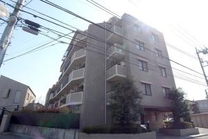 【外観】すまい給付金対象物件☆外壁タイル貼りの重厚なマンション♪