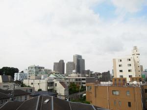 【眺望】周りに高層ビルなどがなく、気持ち良い眺めです♪