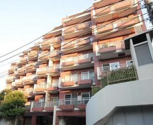 【外観】閑静な住宅街の中に佇んでいます♪ 平成24年2月には大規模修繕工事実施済み!!