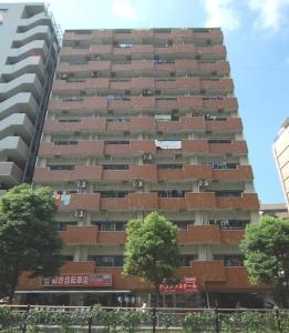 【外観】管理人住み込みのの安心なマンションです☆