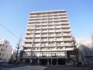 【外観】JR中央線、東京メトロ丸ノ内線の2路線が利用可能なので大変便利♪