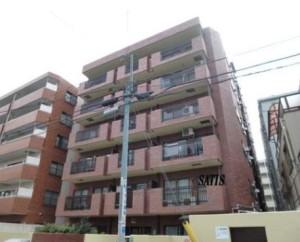 【外観】JR山手線『駒込駅』徒歩3分、タイル貼りのマンションです。