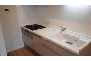 【キッチン】浄水器・食洗機付きシステムキッチンです♪