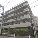 メゾンエクレーレ志村三丁目 106号室