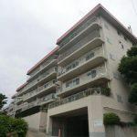 成城ハウス 1階